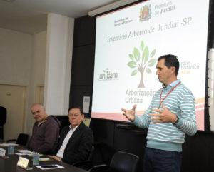 Aguinaldo Leite falou que, com inventário, será possível conhecer 'floresta urbana' (foto: Paulo Grégio)